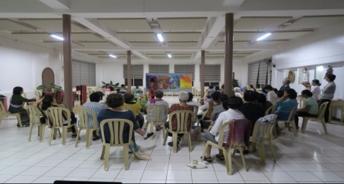 EWA 7 - Lawyer-theologian Marini de Liveraof Sri-Lanka explains her 4 paintings.